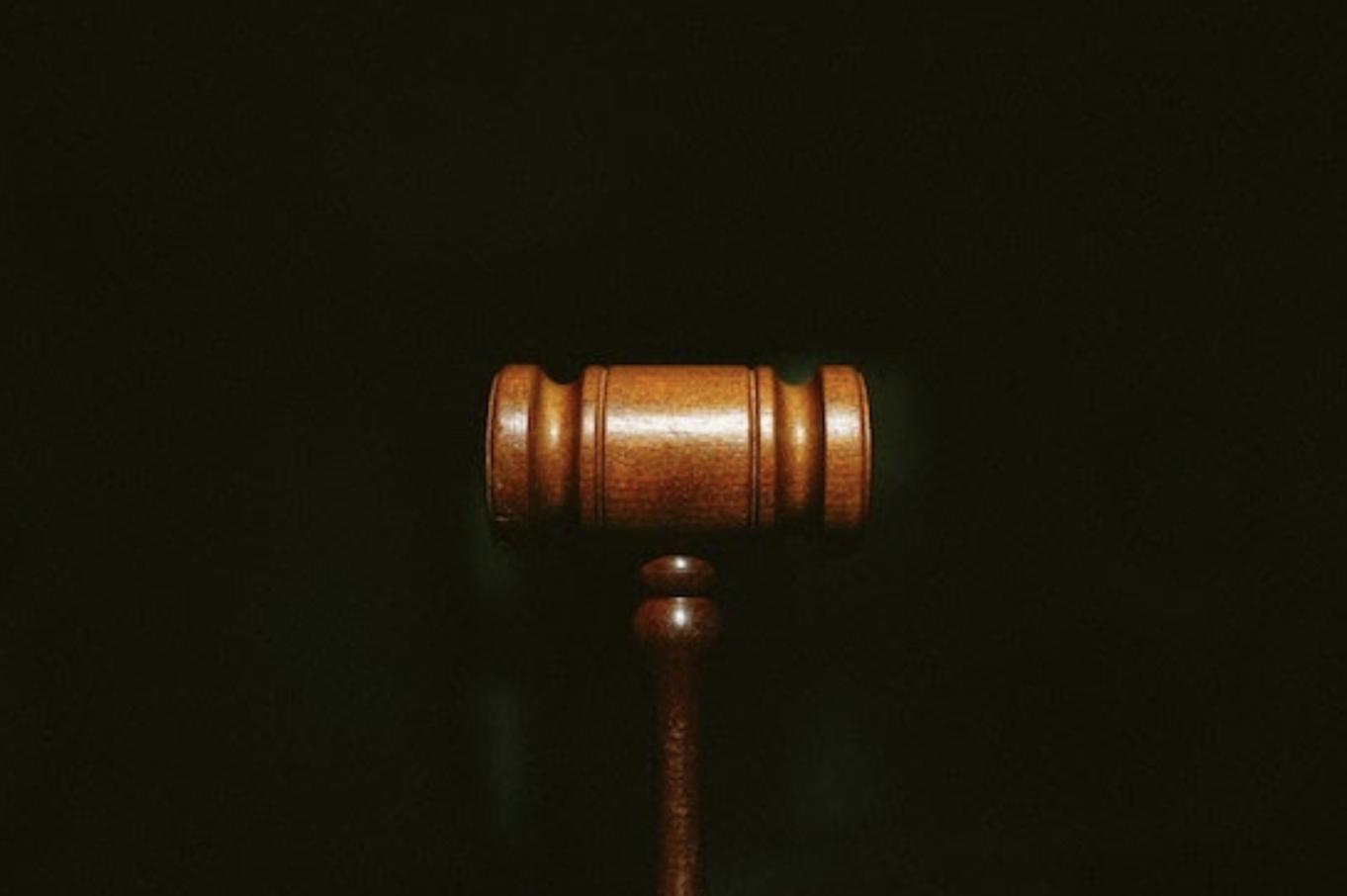 gavel